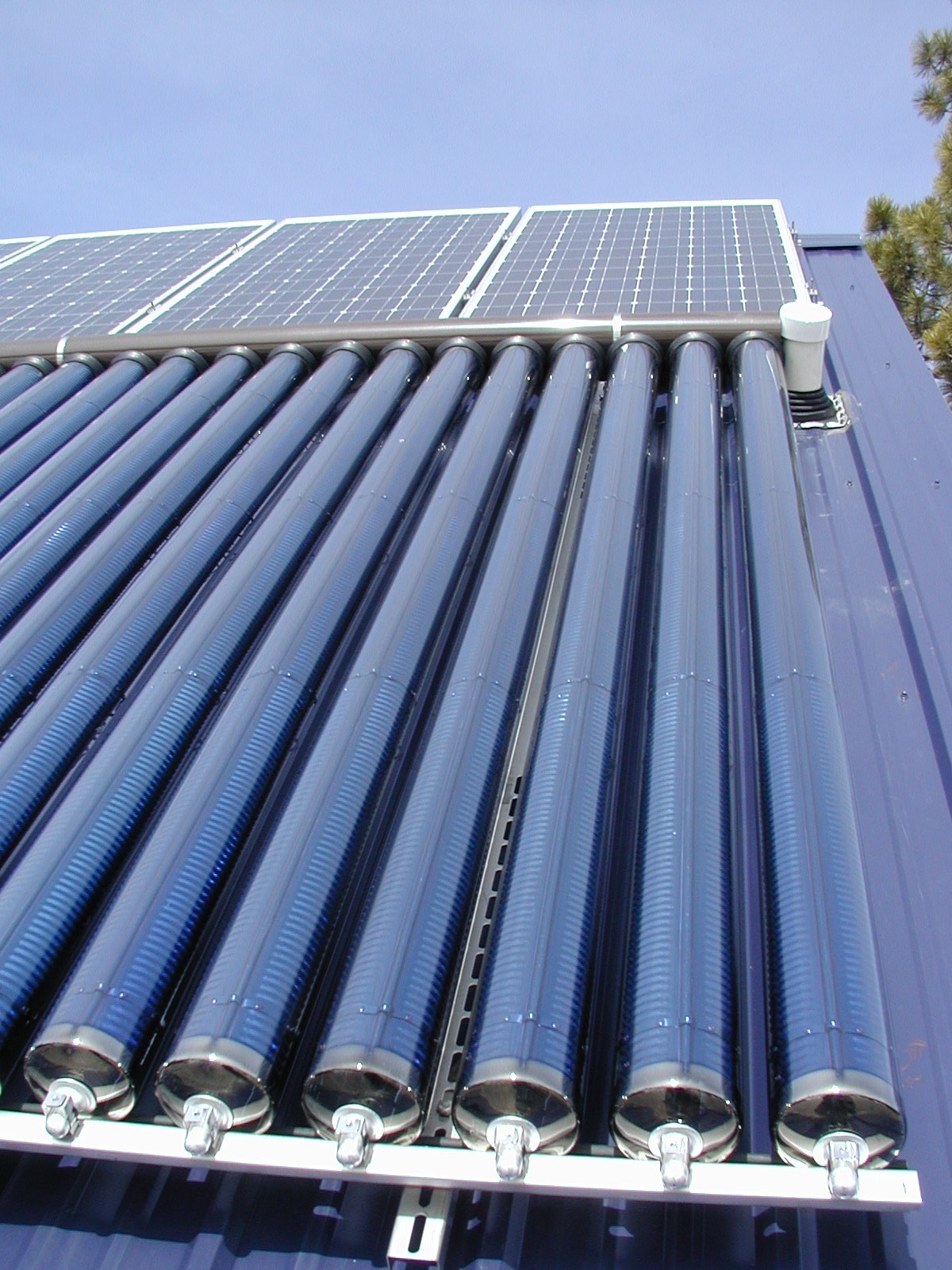... Evacuated Tube Solar Collectors | Evacuated Tube Solar Collectors